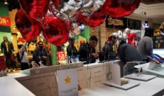 Huawei Inauguración Mall Plaza Santa Anita  240x140 - Huawei inaugura nuevo punto de venta y servicio en Mall Aventura Santa Anita