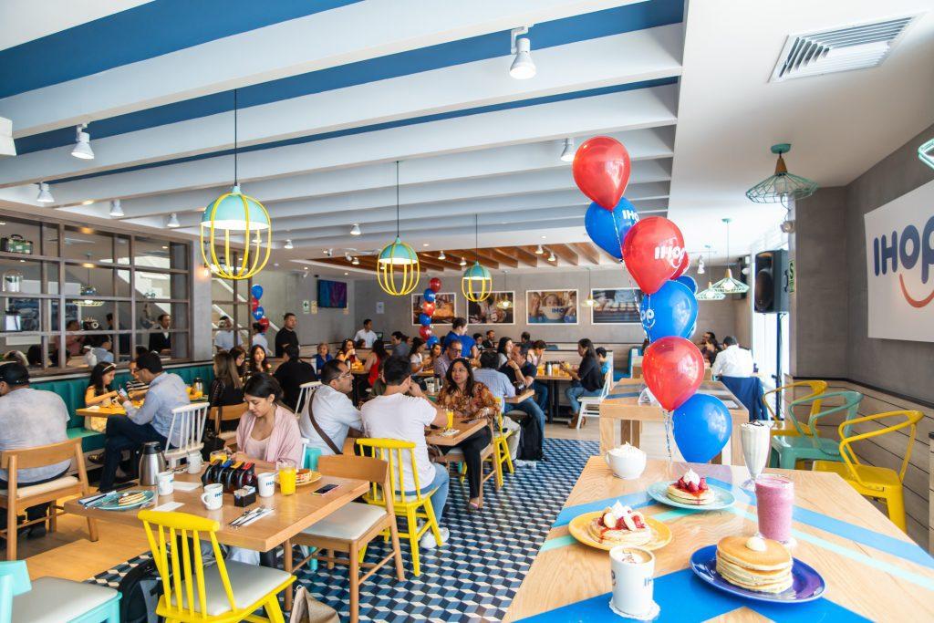 IHOP 5 - Conoce por dentro el primer restaurante de IHOP en el Perú