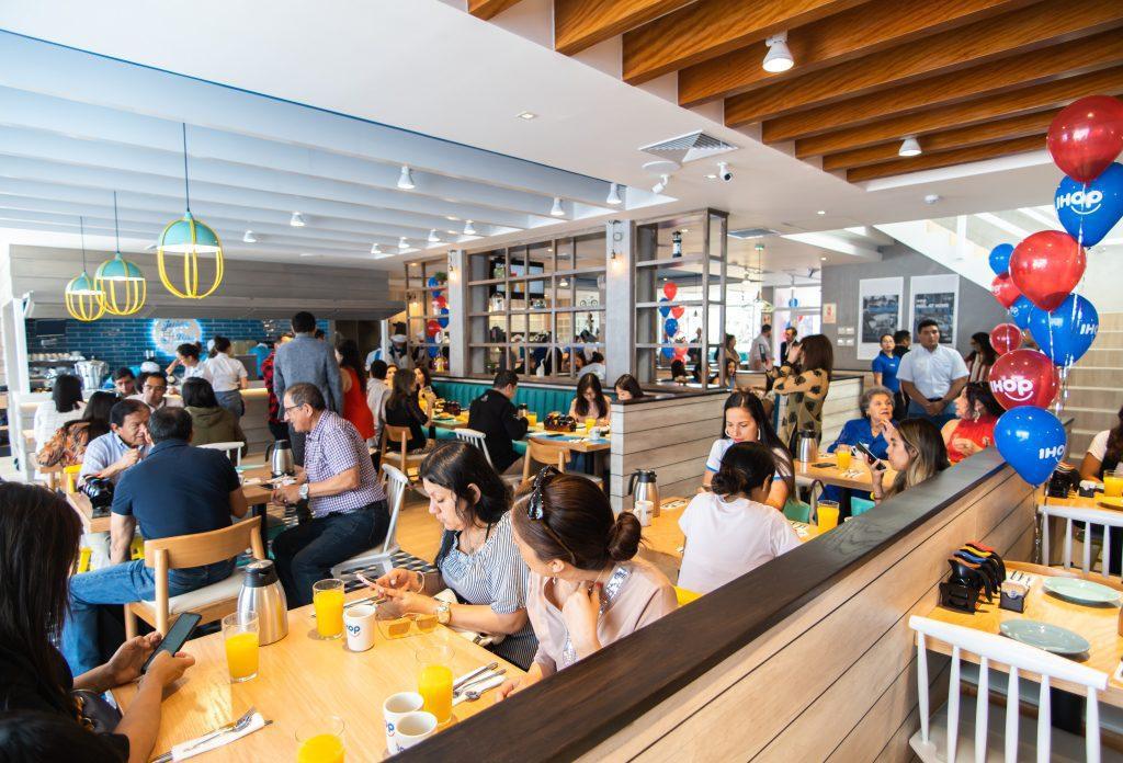 IHOP 6 - Conoce por dentro el primer restaurante de IHOP en el Perú