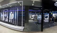 Imagen 11 240x140 - Tienda Adidas inauguró 'home court' en el Jockey Plaza