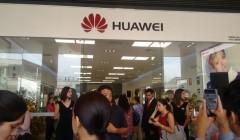 Inauguración Tienda Huawei 2 240x140 - Huawei inauguró su primera Tienda de Experiencia en Perú