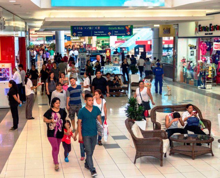 Interior Plaza Norte2 - Ventas minoristas en Perú crecen 6,6% por masiva apertura de tiendas de conveniencia y descuento