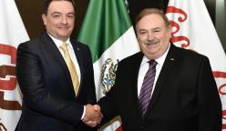 Jorge Santos Reyna y Manuel L. Barragán Morales 248x144 - Arca Continental tiene nuevo presidente de su Consejo de Administración