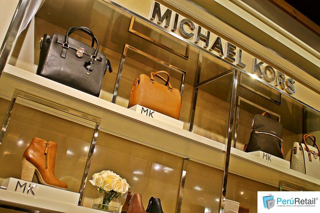 03d30d588e3fb Michael Kors llega con su línea de calzado a Saga Falabella
