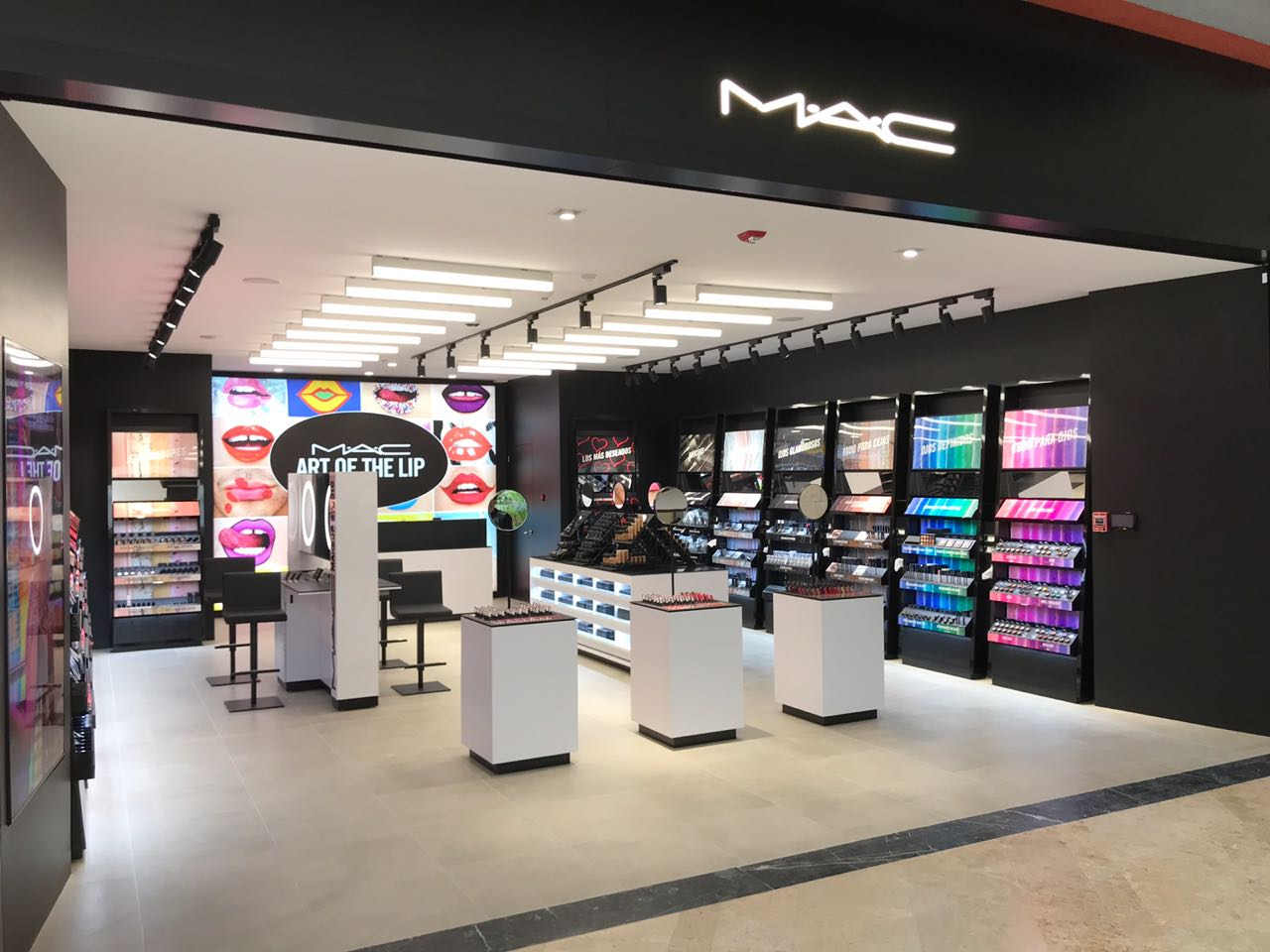 Mac Cosmetics2