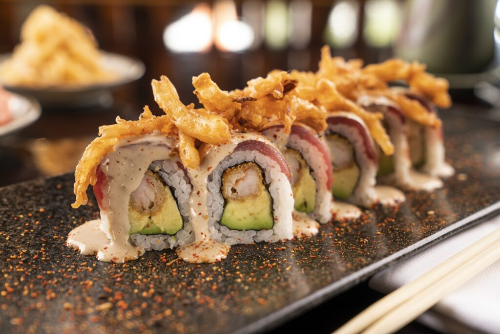 Maki Acebichado 1024x683 - Conoce las dos propuestas gastronómicas de comida Nikkei en Perú