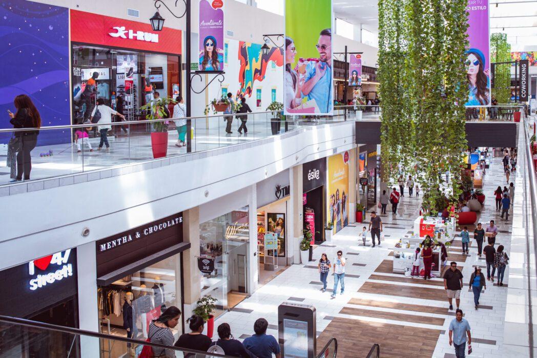 Mall de Arequipa Accep scaled - Perú: Ventas del sector retail crecerían hasta 3% por San Valentín
