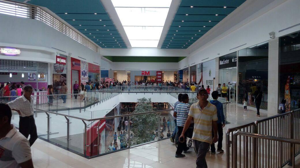 Mall del Pacífico - Más de 70 mil visitantes recibió Mall del Pacífico durante su inauguración en Ecuador
