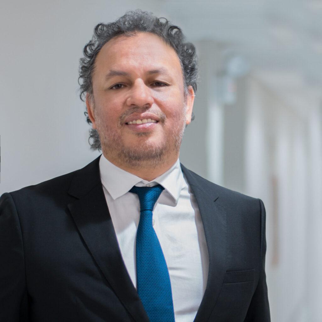 Manuel-Ayllón-Director-de-Orange