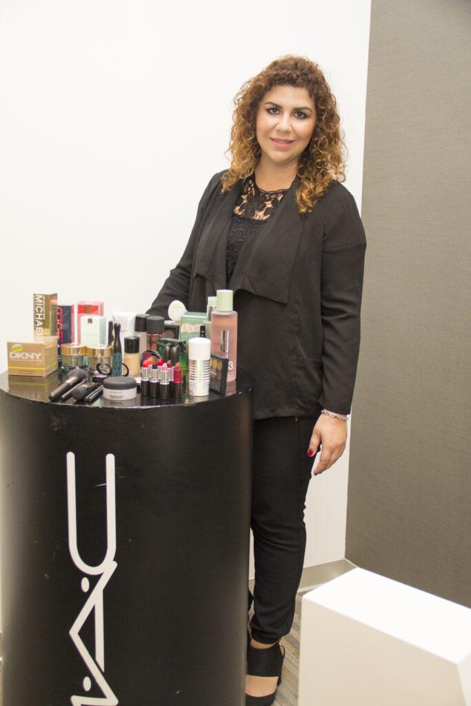 María Antonia Gustin Gerentes de Marketing y ventas de M.A.C Cosmetics 683x1024 - MAC Cosmetics abrirá su tienda más grande en Plaza Norte