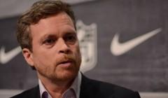 """Mark Parker CEO Nike 240x140 - CEO de Nike: """"Las tiendas en Estados Unidos no están en su mejor momento"""""""