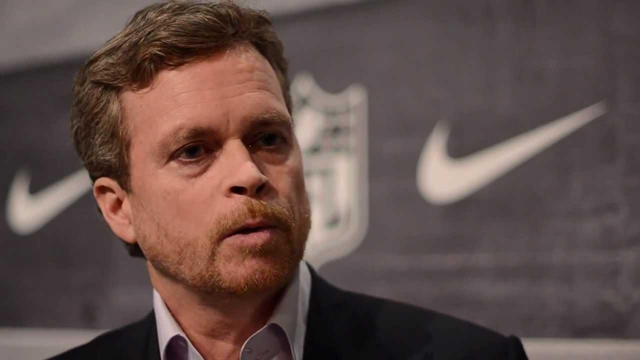 """Mark Parker CEO Nike - CEO de Nike: """"Las tiendas en Estados Unidos no están en su mejor momento"""""""