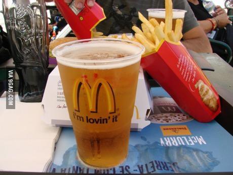McDonalds cerveza