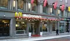 McDonalds atenderá como un restaurante tradicional