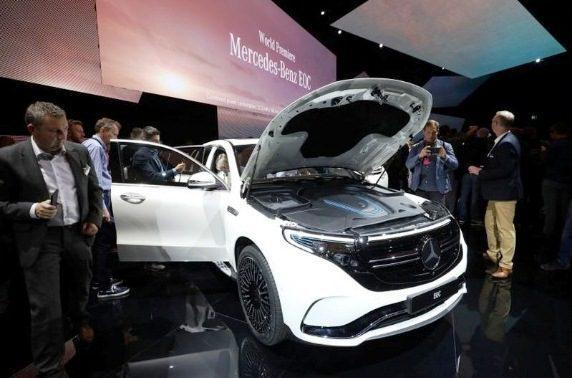 Mercedes Benz primer carro eléctrico