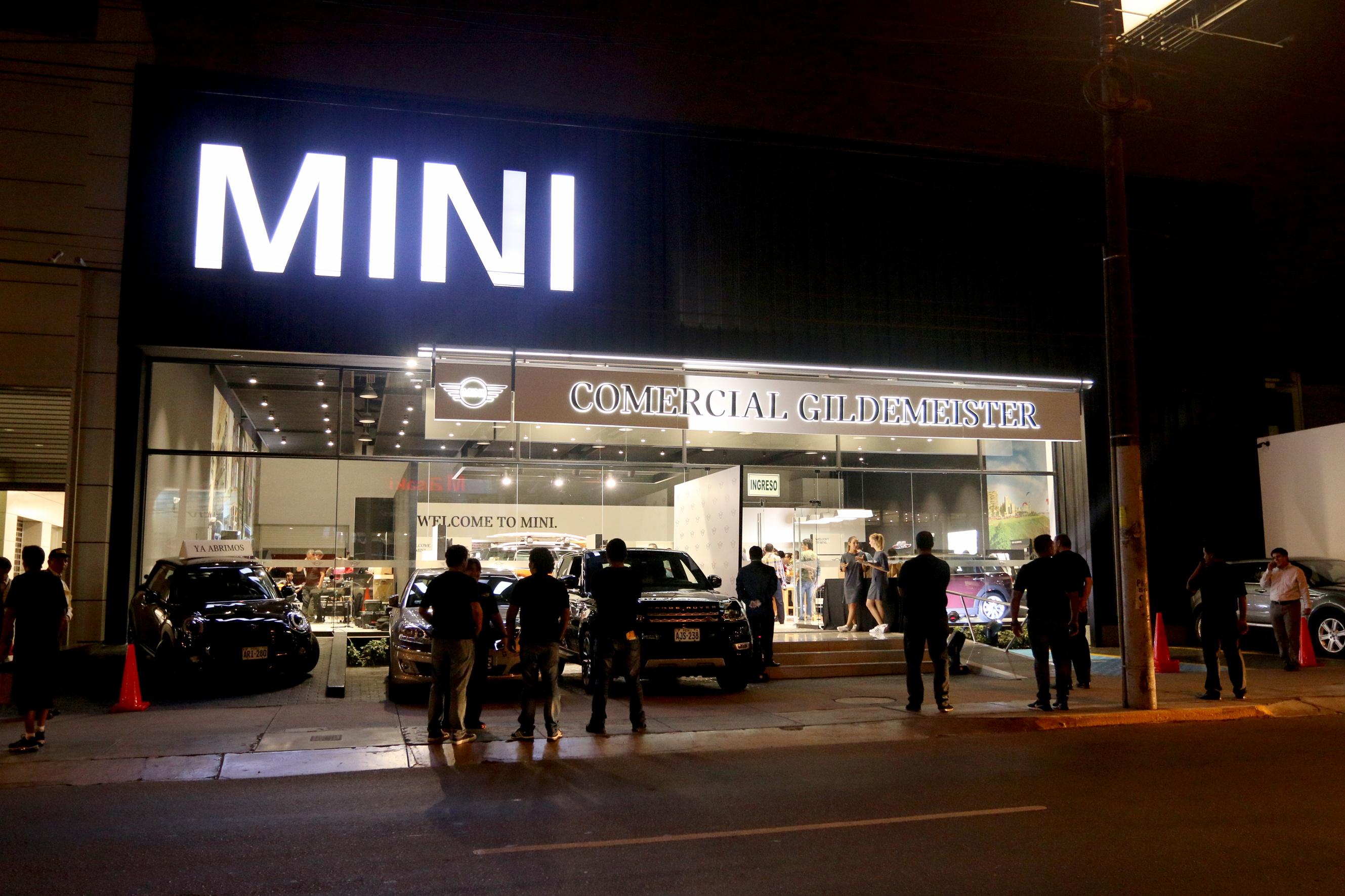 Mini 2 - Mini inauguró en Lima su tienda más grande de Sudamérica