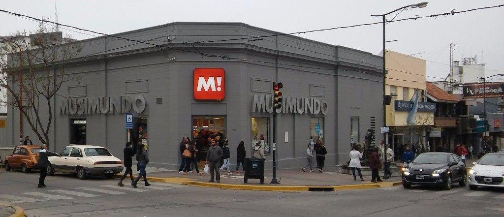Musimundo 469621 1024x441 - Musimundo continúa abriendo tiendas en Argentina