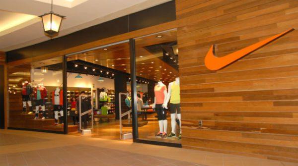 Nike supera estimaciones por ventas de productos de alto margen