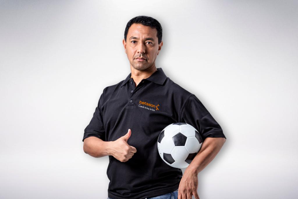 Nolberto Solano Betsson 2 1200x800 1024x683 - Perú: El negocio rentable de las casas de apuestas deportivas
