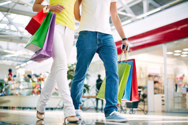Novios de alquiler en centros comerciales China - Con la música adecuada el negocio retail puede incrementar en 17% las ventas
