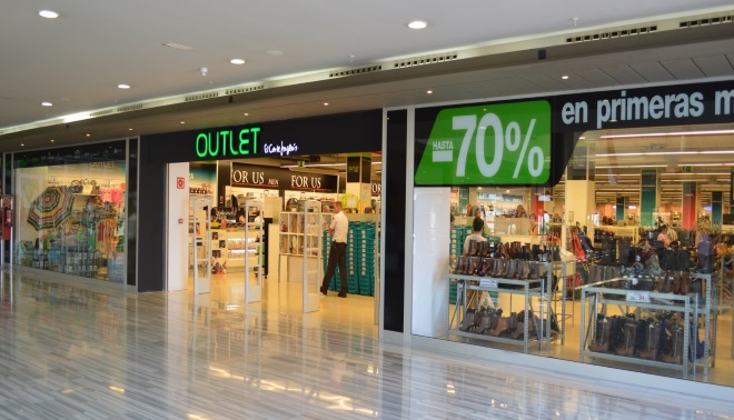 OUTLET EL CORTE INGLES - El Corte Inglés podría convertir sus tiendas en outlets en España
