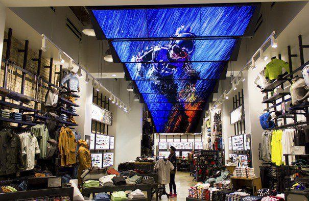 2242a5cbbf Conozca el Flagship Store de Oakley | Perú Retail