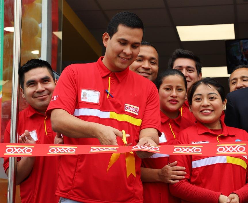 Oxxo Foto 1- Inauguración tienda