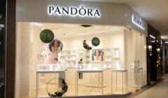 PANDORA Bolivia tienda 240x140 - Pandora sigue expandiéndose con la apertura de segundo local en Bolivia