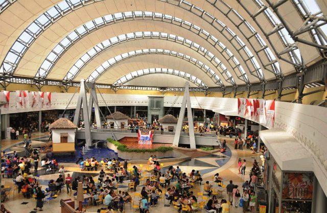 PERSPECTIVAS DE LA INDUSTRIA DE CENTROS COMERCIALES Y EL RETAIL EN AMÉRICA LATINA 4 FUENTE ICSC - Perspectivas de la industria de los centros comerciales y el retail en América Latina