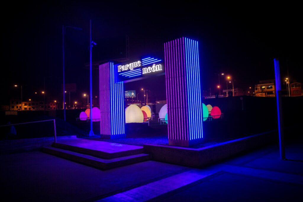 Parque Neón 2 1024x682 - Parque Neón: La nueva propuesta divertida de Real Plaza Puruchuco
