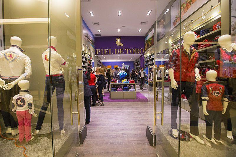 Piel-de-Toro-Inauguracion