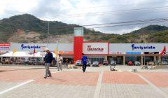 Plaza Comercial 240x140 - El consumidor ecuatoriano demanda productos y artículos a menor precio
