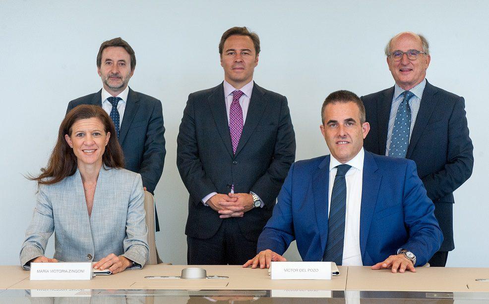 Repsol Firma Acuerdo El Corte Inglés - El Corte Inglés abrirá una red de tiendas de conveniencia en España