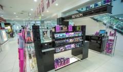 Revlon Farmers Centre Place Retail Design Lloyd Sinton Design 11 240x140 - Revlon reestructura su negocio para estar en el 'top 10' de la cosmética internacional