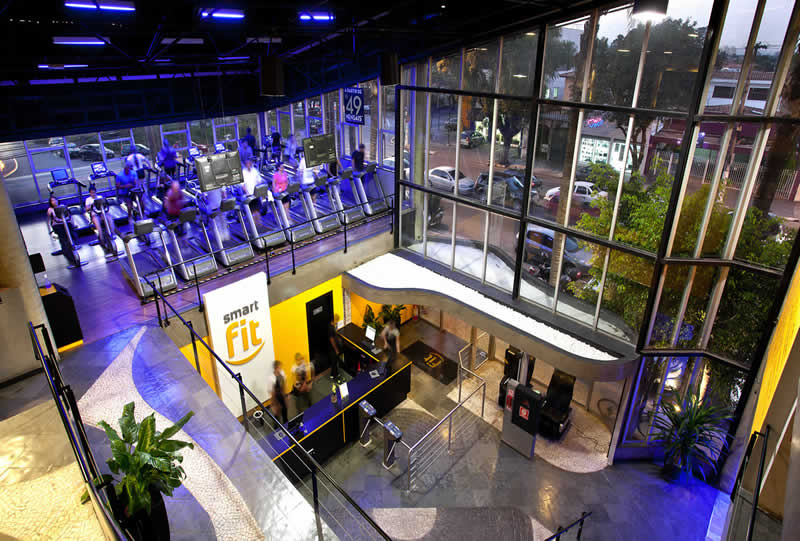 SmartFit 01 - Smart Fit adquiere la cadena de gimnasios Gold's Gym en Perú