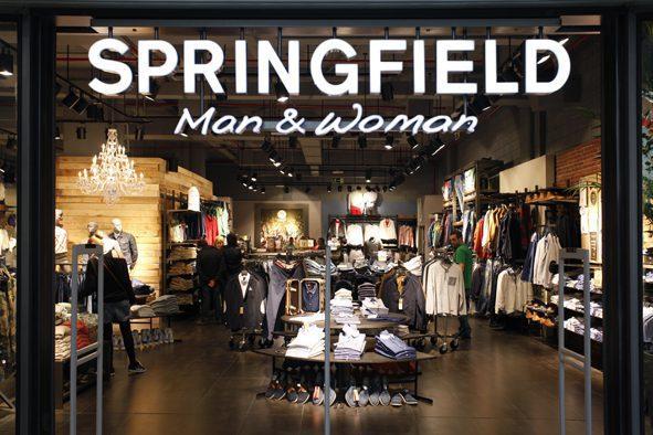 Springfield - Cortefiel crece más del 30% por ventas online