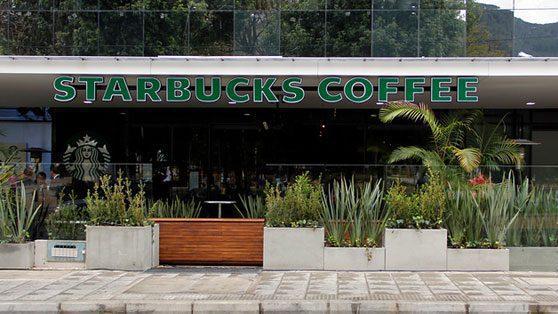 Starbucks colombianiza su marca para llegar a más consumidores