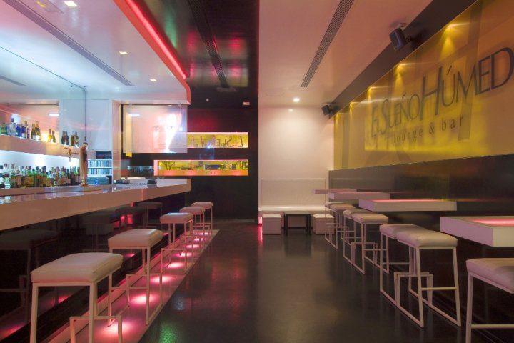 Sueño Humedo Lounge & Bar  (9)