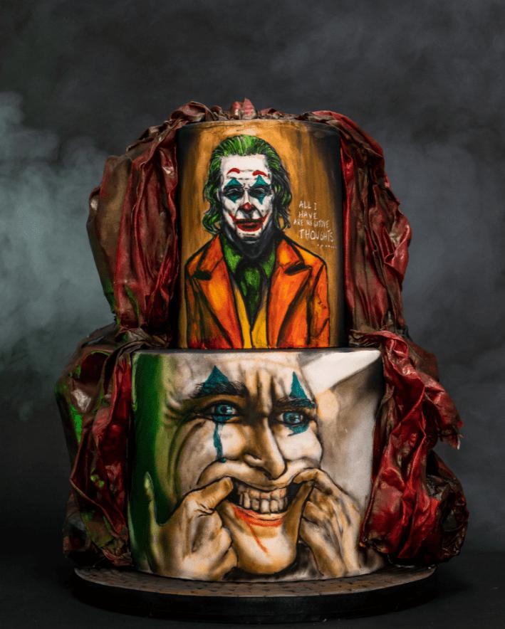 SugarLab Torta Joker - Mira las singulares propuestas de los negocios para promocionarse por Halloween