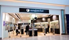 Sunglass Hut 730 240x140 - Sunglass Hut y Hawkers prevén aumentar sus ventas en México