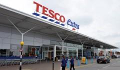 TESCO 2 240x140 - Tesco compra el mayorista británico Booker por 4.640 millones de euros