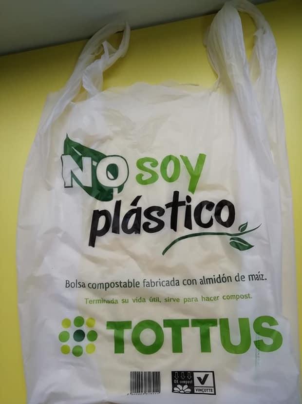 TOTTUS BOLSA PLASTICA BIODEGRADABLE - ¿Ley de plástico los ampara? Mercados y bodegas podrían entregar bolsas sin cobrar