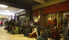 TacoBell 240x140 - Cientos de personas hicieron largas colas en inauguración de Taco Bell en el Jockey Plaza