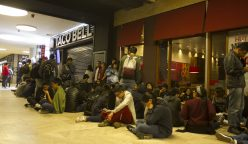 TacoBell 248x144 - Cientos de personas hicieron largas colas en inauguración de Taco Bell en el Jockey Plaza