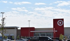 Target at Grand Parkway Marketplace 5 240x140 - ¿Cuáles son los planes de Target para este año en el retail norteamericano?