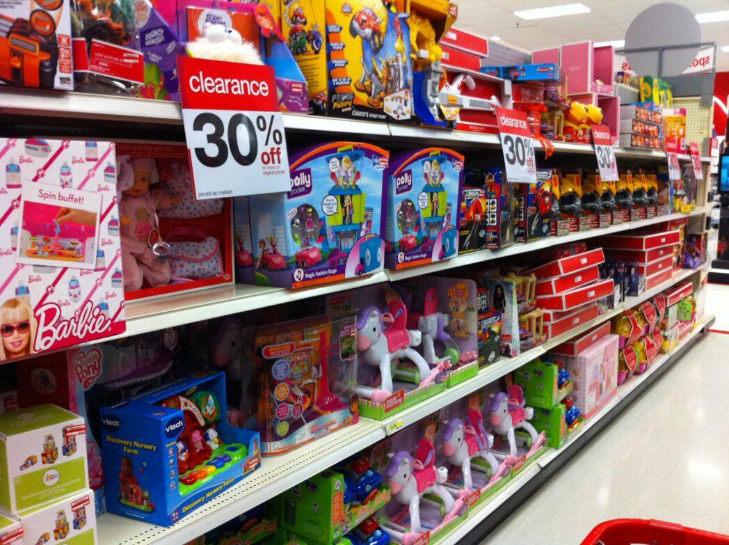 f1bf24eaf Target innova en sus góndolas y deja de separar los juguetes por género