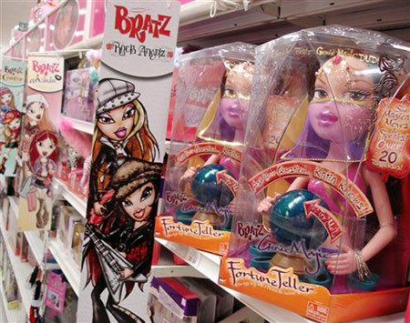 Ten cuidado Barbie, regresan las Bratz