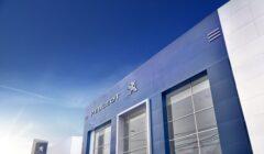 Tienda Peugeot 240x140 - Perú: Peugeot reabre sus tiendas con nuevas prácticas de bioseguridad