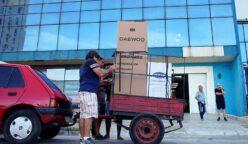 Tienda en Cuba 248x144 - Cuba abre tiendas con artículos en dólares