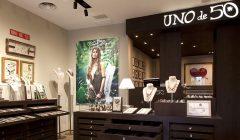 """Tienda Joyeria UNO de 50 240x140 - Marca de joyería """"Uno de 50"""" apuesta por Sudamérica con tienda en Bolivia"""